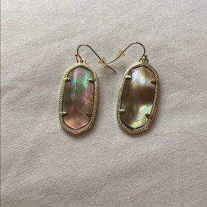 Kendra earrings. Tan color.